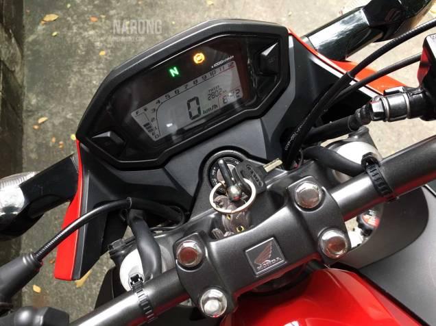 มอเตอร์ไซค์-มือสอง-honda-cb300f-58-red-black-12